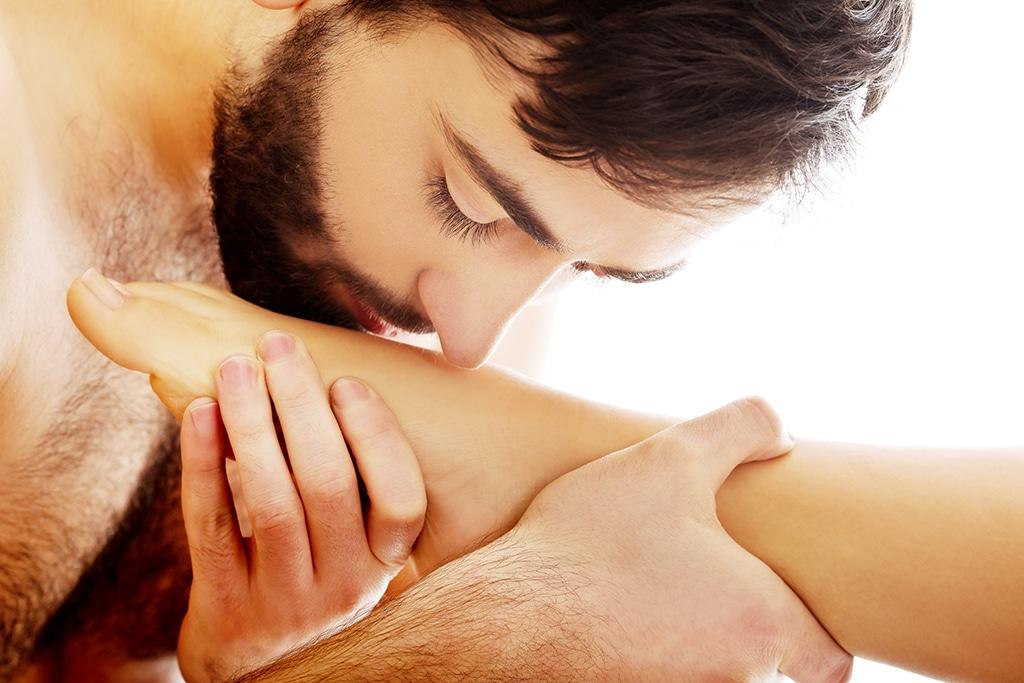 Wenn du ein Fußfetisch hast und Kontakte suchst, empfehlen sich Fußfetisch-Dating Börsen